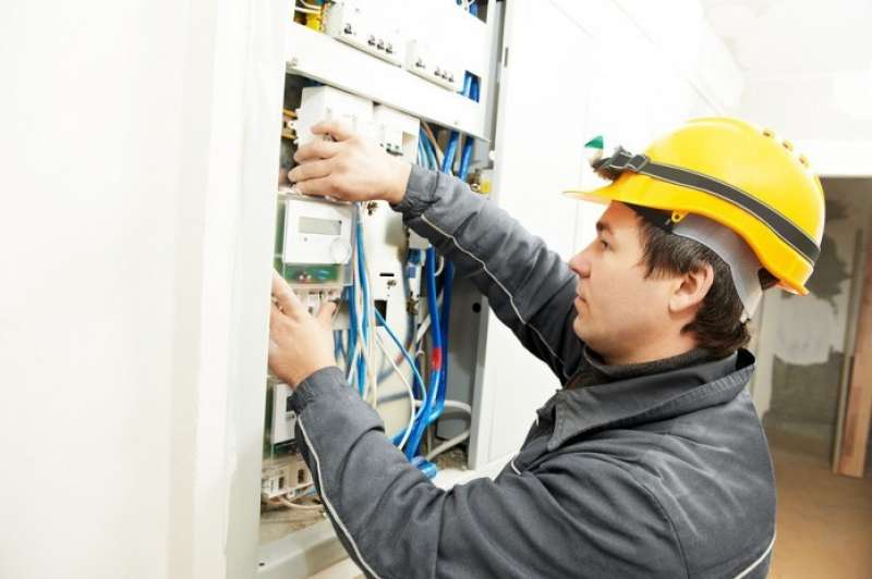 Electrician job